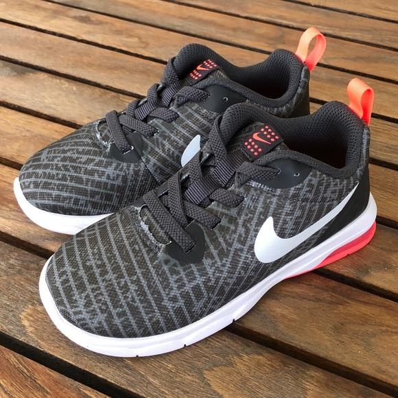 sports shoes a68b0 ef079 Boys NIKE air max motion lw prt tdv size 10c NWT NWT